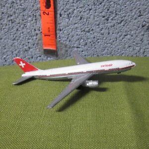 AIRBUS A300 replica miniature airplane Swissair diecast twin-engine jet toy