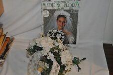 WEDDING PILLOWS FLOWER BASKET CERAMIC BRIDE GROOM Complete floral book Bouquet