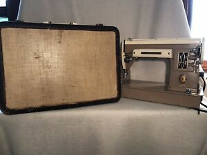 Singer 301 Sewing Machine, Includes Case, Manual, Thread, Oil