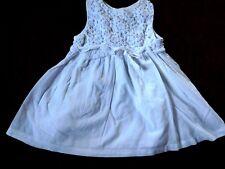 Reizendes Festtagskleidchen f. 9-12 Monate v. PRÉ NATAL 100% Cotton Häkelspitze