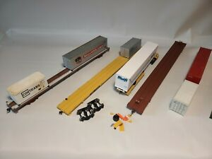 Set of 4 HO scale intermodal flat cars and containers, project cars