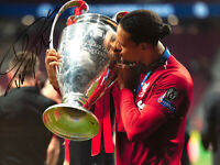 Virgil Van Dijk Liverpool Signed Photo COA Not Shirt