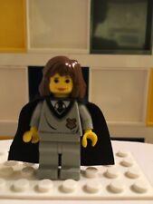 LEGO Harry Potter Hermione Minifigure 4708 Hogwarts Express  Hogwarts crest B1