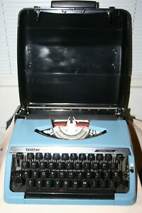 Vintage Brother 100 Correction Portable Typewriter Original Black Case