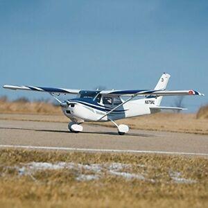 Top Flite Cessna 182 Skylane Gold Edition. 81 Inch Wingspan. ARTF.