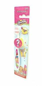 Shopkins Travel Kit Brush Buddies Soft Kids Collect 8 Different Caps 1Pk