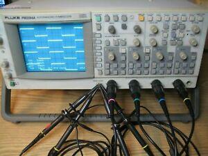 Fluke PM3394A Oszilloskop Analog- und Digitalbetrieb  4-Kanal  200Mhz