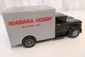 "ERTL 1:43 SCALE  Die- Cast 1960 Chevy Cab Truck ""NIAGARA HOBBY ""Buffalo , NY"