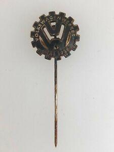 1930s German/Germany Volkswagen VW enamel pin or badge insignia