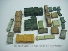 OO Model Railway. Boxes and crates. 21 assorted pieces (0120)