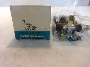 NEW IN BOX POTTER & BRUMFIELD AP11A  RELAY 120V