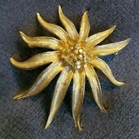 Vintage BSK Goldtone Textured Sun flower Brooch Pin statement vtg
