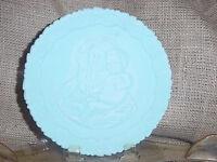 FENTON MOTHER'S DAY PLATE BLUE MILK GLASS 1972 VINTAGE MADONNA & CHILD #2 EC vtm