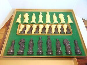 1959 Renaissance Chessmen Chess Set E. S Lowe Board Pieces Booklet
