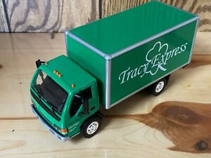 ERTL COLLECTIBLES ISUZU TRACY EXPRESS 1/32 SCALE DELIVERY TRUCK IN BOX NOS
