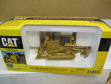 Norscot 55099 - CAT D8R Series II Track Type Tractor 1:50  B6135