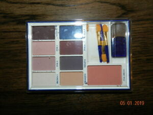 Estee Compact Disc EyeShadow 9-Color Palette pink dream blush pink 4 2 8 brown 1