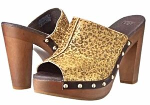 UGG Australia Skyler Metallic Leopard Gold Studs Calf Hair Clogs Size 8 NIB