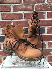 $260 Jeffrey Campbell Perforated Lace Up Combat Tan Brown Ankle Boots 37 7 RARE!