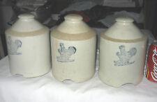 (1) Antique Primitive Country Ct Usa Stoneware Crock Bottle Chicken Bird Feeder