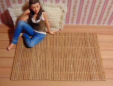 T32 - Miniatur-Teppich aus Bambus für´s Puppenhaus 15 x 9,5 cm, 1:12