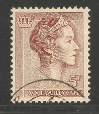 Luxembourg #372 (A86) VF USED - 1960 5fr Grand Duchess Charlotte