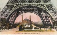 paris le trocadéro et la tour eiffel