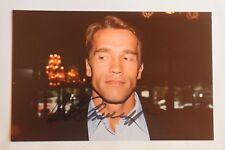 Arnold Schwarzenegger - Original Autogramm - IP - auf Privatfoto 27,5 x 17,8 cm
