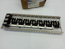 Eaton / Cutler Hammer 225A Bus CH42L3225INT-1 42 circuit, 3~, CH Typ