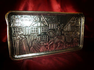 Vintage Biscuit Confectionery TIN Medieval Town Scene, faux wood sides 50s retro