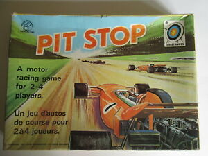 Pit Stop motor racing board game by Waddingtons 1972.Vintage game.