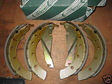 BRAKE SHOES - FITS: BMW 5 SERIES - 518 520 524 525 530 535 - E28 & E34 (1981-95)