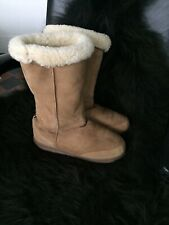 EW Sheepskin Pull On Boots Size UK 8
