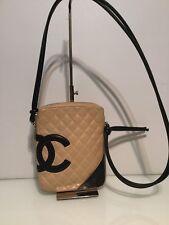 Authentic Chanel spalla Crossbody Bag. trapuntata in pelle. EX COND. polvere AG