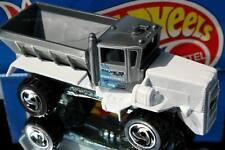 1998 Hot Wheels Snow Patrol Oshkosh Snowplow