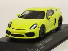 Porsche Cayman GT4 2016 Light Green 1:43 MINICHAMPS 410066122
