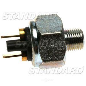 Brake Light Switch  Standard Motor Products  SLS33