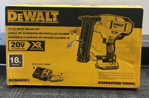 Dewalt DCN680D1  18GA Brad Nailer Kit NEW