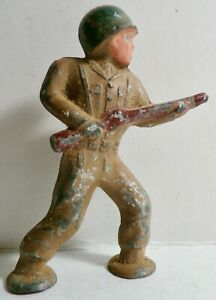 """VINTAGE 2.75"""" BARCLAY PAINTED LEAD DIME STORE PODFOOT SOLDIER WITH RIFLE"""