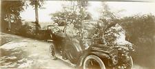 Voiture d'époque. Vintage car  Vintage citrate print.  Tirage citrate