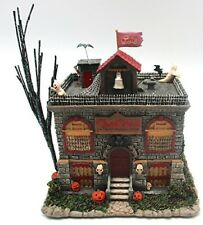 Hawthorne Village Munsters Eddies School House