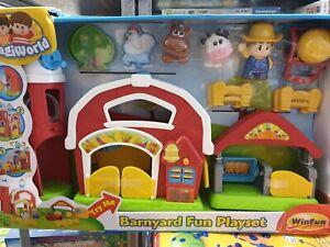 394 Farm Yard Animal Play Set With Animals, new