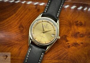 Vintage Universal Geneve Polerouter Date Automatic Microrotor Cal. 218-2 (342)