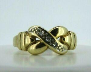 9ct 375 yellow gold diamond 'Kiss' ring