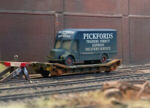 OO gauge abandoned lowmac with lorry load, heavily rusted and weathered