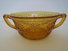 Vtg Indiana Glass Amber, Daisy Double Handled Soup Bow