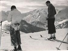 ALPES D'HUEZ c. 1938 - Skieurs Isère - NV 479