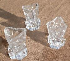 3 St. kleine dreieckige Kristallvasen