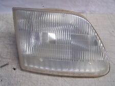 2000 Ford Expedition F150 Headlight Right passenger side headlamp lens