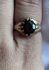 Mens Ring 9ct Gold Heavy 5.2grams